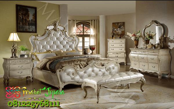 Set Tempat Tidur Mewah Italian style