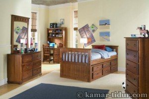 kamar tidur anak kayu jati