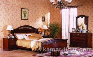 kamar tidur utama klasik ktu 004