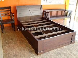 tempat tidur laci minimalis pesanan ibu harry bandung