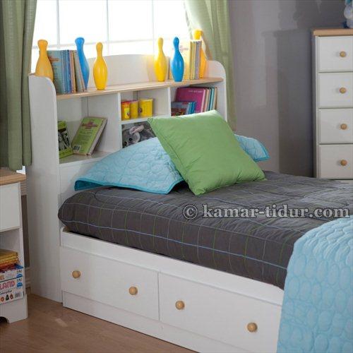 tempat tidur remaja