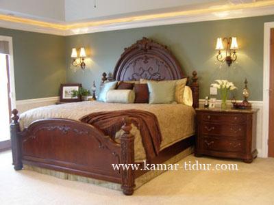harga tempat tidur klasik natural