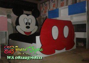 Tempat tidur mickey mouse